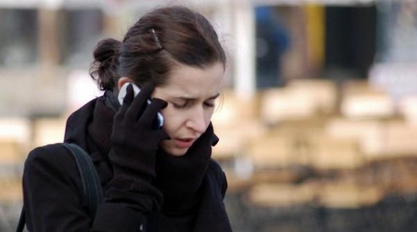 Telefonování v zimě 1