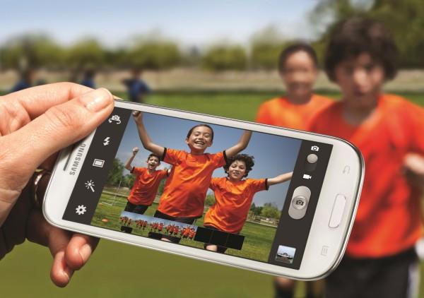 2. GALAXY S III Burst shot W 600x422 Camera Mod pro Samsung Galaxy S III přináší několik vylepšení fotoaparátu