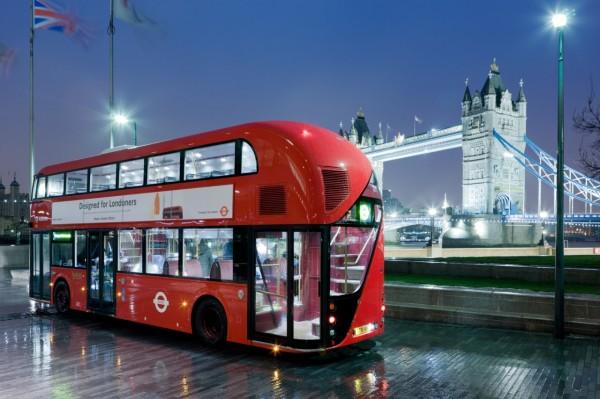 london bus 600x399 Na co jsme zapomněli aneb Přehled dalších novinek uplynulého týdne (50. týden 2012)