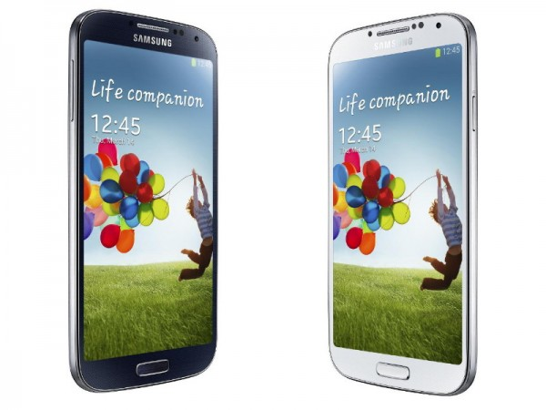 Samsung Galaxy S4 black white