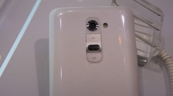 LG G2 zadni tlacitka