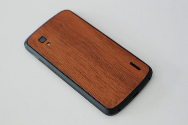 Nexus 4 drevo