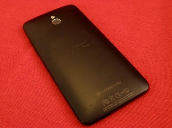 HTC One Mini foto 2