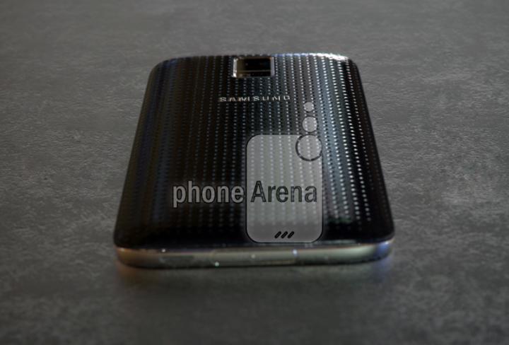 Samsung-Galaxy-S5-Prime-back