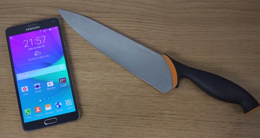 Samsung Galaxy Note 4 se dá ovládat i nožem [video]