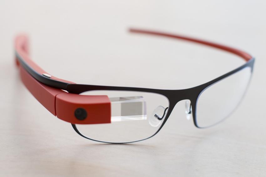 Google-Glass-03-HD-Wallpaper