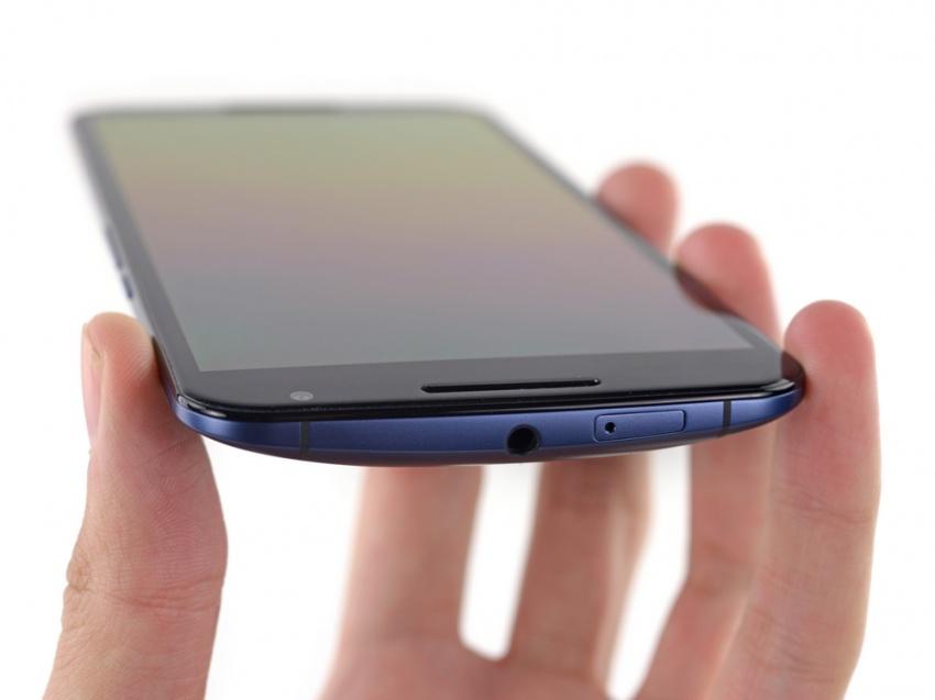 Google-Nexus-6-rozebran