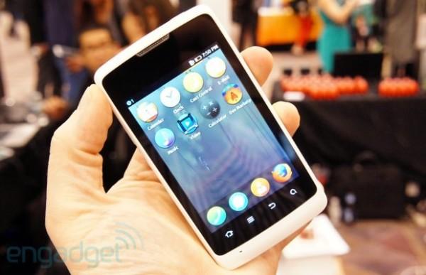 Mozilla na CES 2013 ukázala první smartphone s Firefox OS